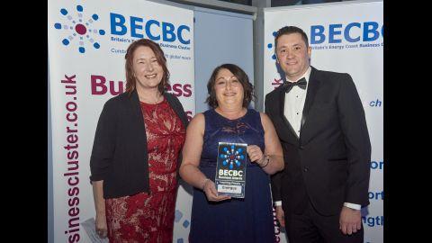 BECBC Awards17 PHOTO WINNER and SPONSOR Insp People AWARD Energus and NIS 3